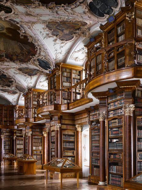 Suisse, Sankt Gallen, 1763 : Bibliothèque de l'abbaye de Saint-Gall