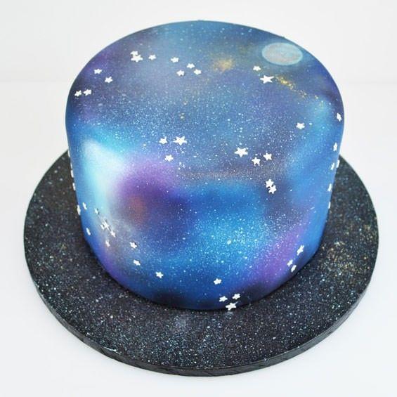 Airbrushed+Galaxy+Cake                                                                                                                                                                                 Mais