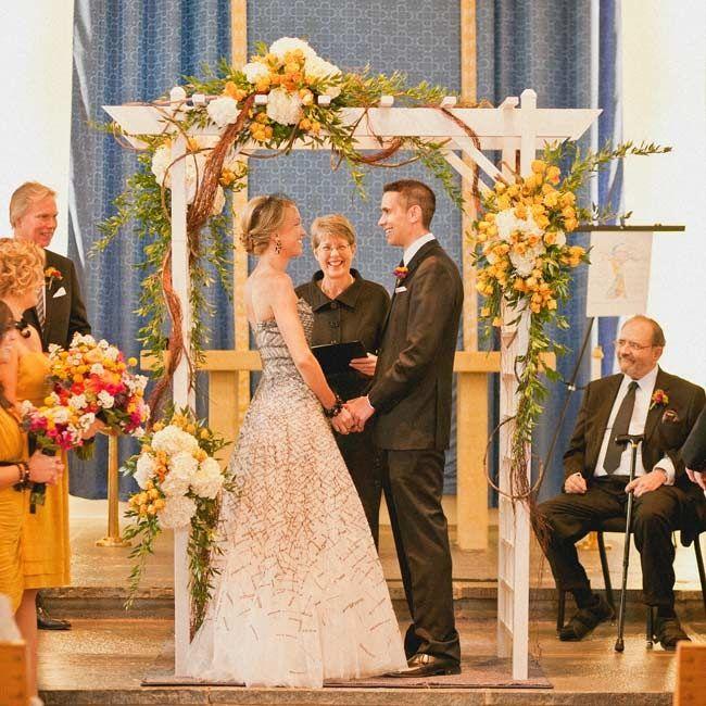 Wedding Altar Trellis: Ceremony Flowers Images