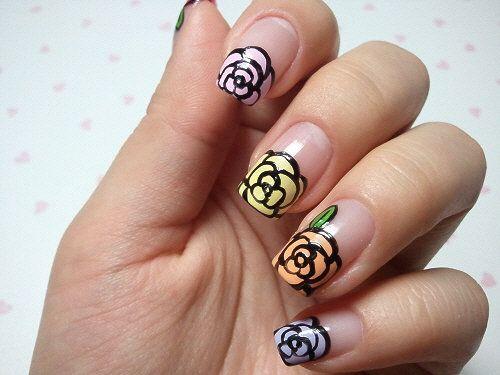 Manicure Ideas : Floral Nails