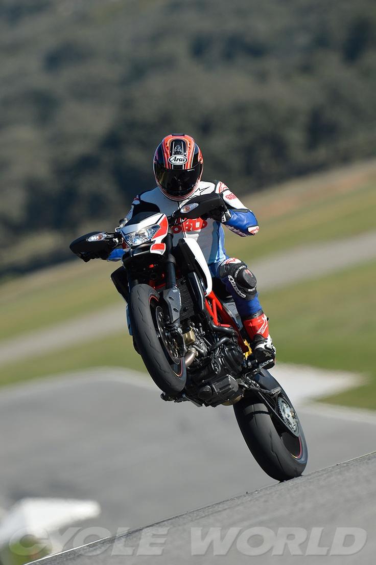 2013 Ducati Hypermotard SP - Wheelie