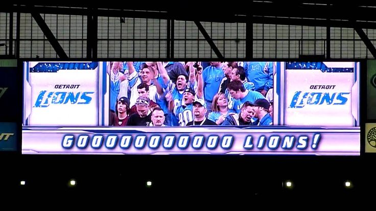 Detroit Lions Fight Song @Ford Field on Oct. 31, 2010