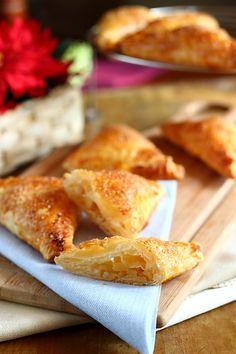 Mini strudel cu mere gata in 30 de minute, retete culinare. Retetade mini strudel cu mere. Mini strudel cu mere ingrediente si mod de preparare.
