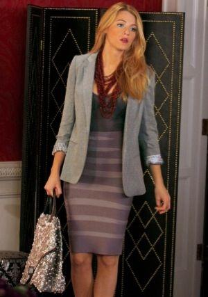 : Serena Vans, Der Woodsen, Vans Of, Blake Living, Pencil Skirts, Blazers, Work Outfits, Girls Style, Gossip Girls