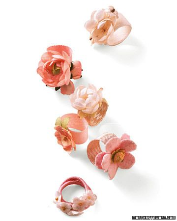 these flower rings would also make good napkin ringsFlower Rings, Fabric Flowers, Fabrics Flower, Bloom Rings, Fabrics Jewelry, Martha Stewart, Diy, Handmade Fabrics, Handmade Jewelry
