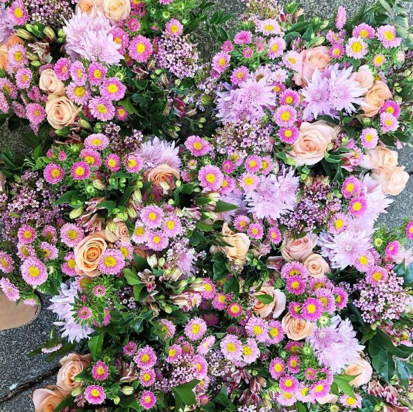 The Posy Co provides Flowers Delivery service in Maroochydore, Mooloolaba, Caloundra at just $30 with delivery around Sunshine Coast.