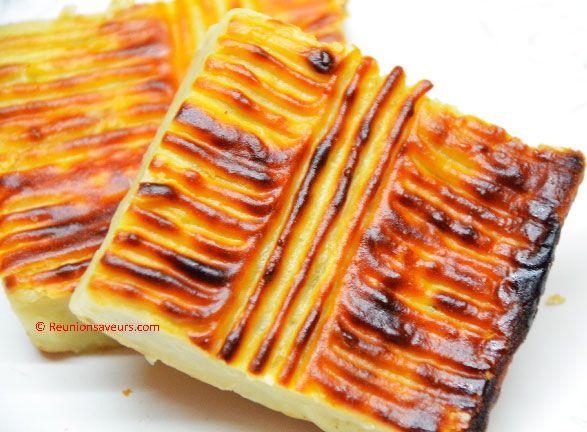 Gâteau de patate douce à la vanille et rhum blanc,  et ses variantes chocolat,  noix de coco ou raisins. - Réunion