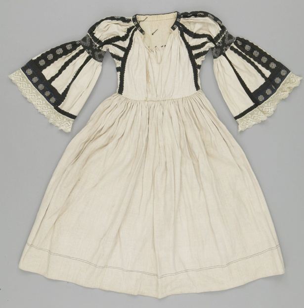 Textile Museum of Canada    Object Name:Dress  Place Made: Eastern Europe, Balkans, Romania  Period:20th century  Date:1900 - 1986  Dimensions:L 119 cm x W 136 cm  Materials:Cotton  Techniques:Crocheted; lace; hand-sewn; embroidered; smocked    Credit: Gift of Dr. Harry Hardin #Romania