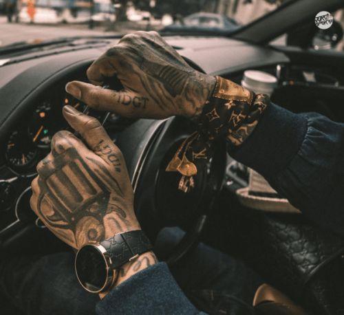 42 best gun tattoos images on pinterest pistol gun tattoos gun tattoos and design tattoos. Black Bedroom Furniture Sets. Home Design Ideas