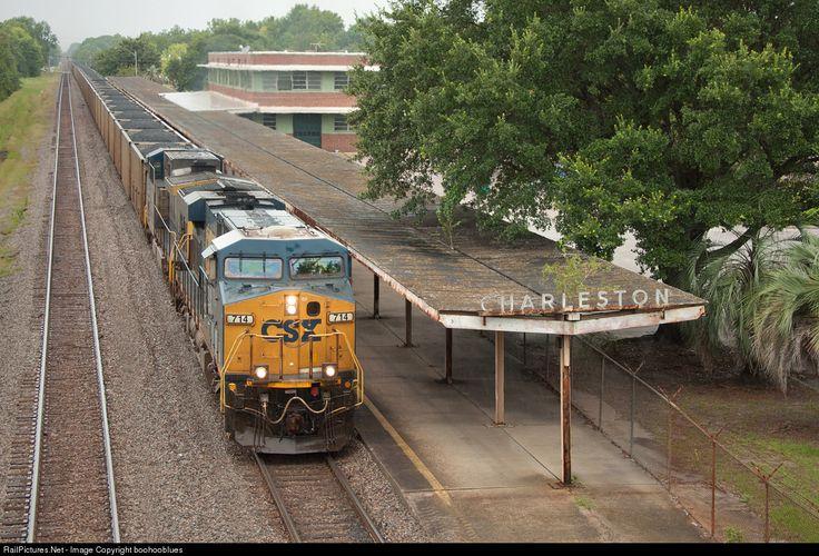 RailPictures.Net Photo: CSXT 714 CSX Transportation (CSXT) GE ES44AC at Charleston, South Carolina by boohooblues