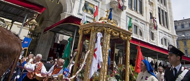 S. Efisio statue during the great parade