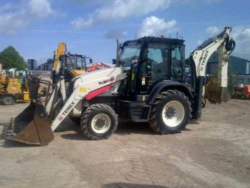 Used Backhoes for Sale: In the market for a used backhoe? Find top brands John Deere, Caterpillar and Case at ContractorAssets.com. If you looking to sell your used Backhoe Loader Classified listings are free.