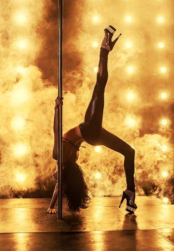 pokazy twerk, tancerz erotyczny, wieczor panieński, striptizerka,  taniec…