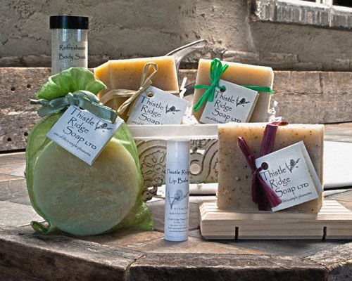 $30 all natural home spa kit. Nothing will make you feel more fresh than mint! Perfect for men and women looking for essential oils/ plant-derived holistic bath experience. Set includes: Rosemary Mint bar, twin mint bar, homestead bar, mint loofah scrub, 1 tube refreshmint body soak, lip balm and wooden soap deck.