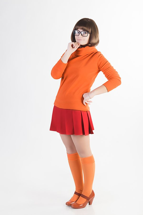 OMG.. the real velma.. @_@  Velma: Nastia R.  Photo credit: Taras Buteiko