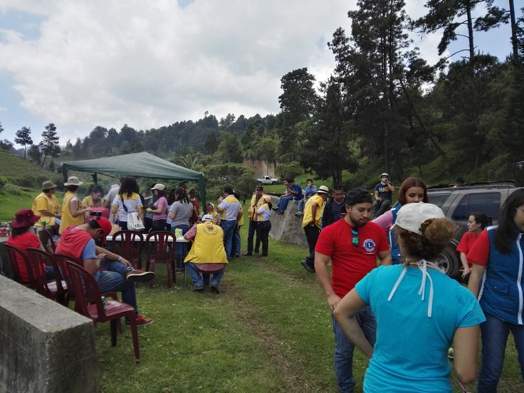 Lions Clubs International Quetzaltenango #LeoClub (Guatemala) Began their 3 month environmental campaign to help their community.