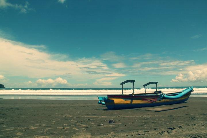 Pantai Pangandaran - Indonesia