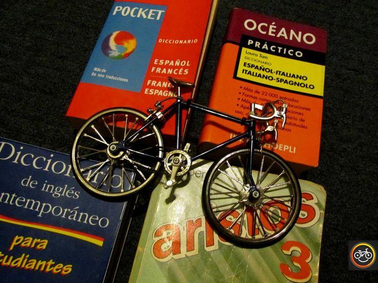 No importa el idioma, la bicicleta es un mecanismo simple para entendernos mejor en todas partes.