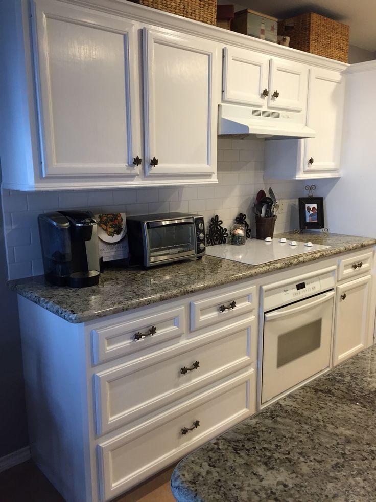 Best 25 matte subway tile backsplash ideas on pinterest white tiles splashback tiles and for Arctic white kitchen cabinets