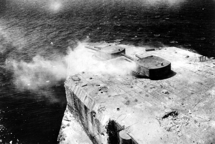 Fort Drum under attack by USAAF 5th Air Force B-25 ...