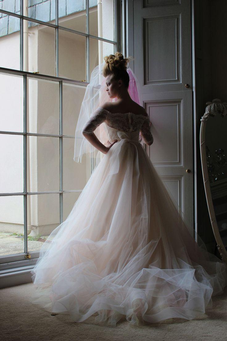 www.griffin-photography.co.uk Bridal Editorial #fashionshoot #fashionphotography #bridaleditorial #editorial #wewdding #weddingphotography #bridalfashion #fairytalebride