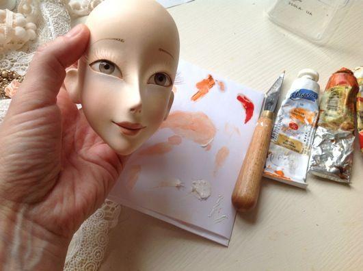 Кукольная мастерская ANNADAN: Тонировка лица маслом и начало работы над лифом.