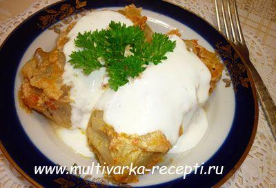 Голубцы с начинкой из тертого картофеля в мультиварке