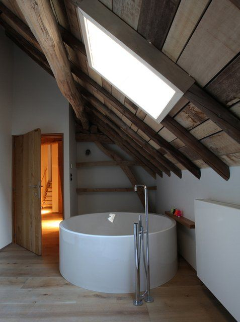 I want this tub!!Rabbit Hole, Bath Tubs, Attic Spaces, Bathtubs, Interiors Design, Sky Lights, Bathroom Ideas, Attic Bathroom, Farmhouse Bathroom
