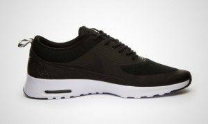 Nike Air Max Thea Herr Sneakers svart-vita