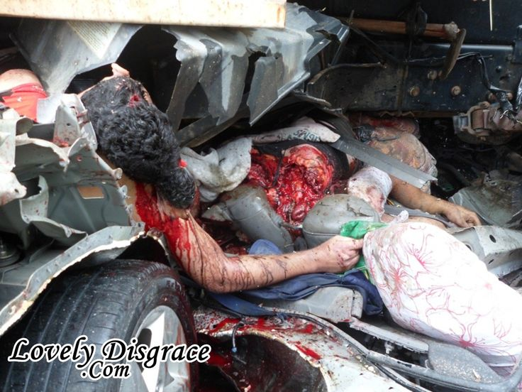 fatal car accident in mexico fatal imagens fortes 7 100x100 4 friends dead as truck