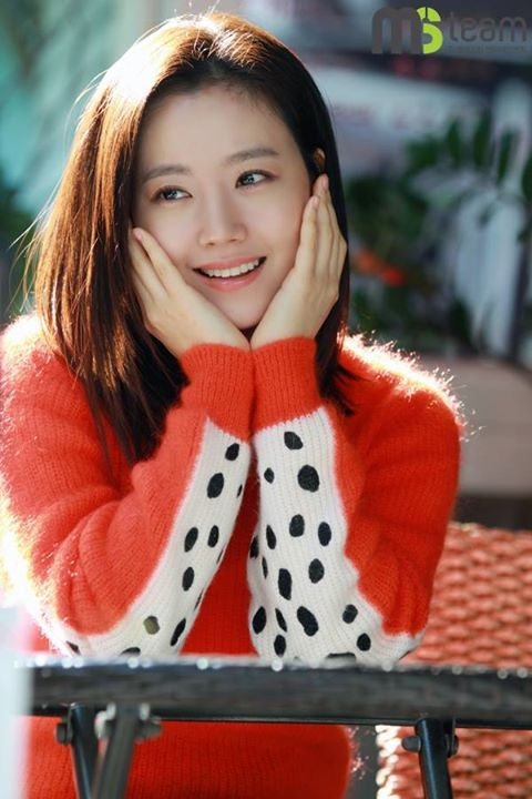 (1) Timeline Photos - Moon Chae Won (문채원)
