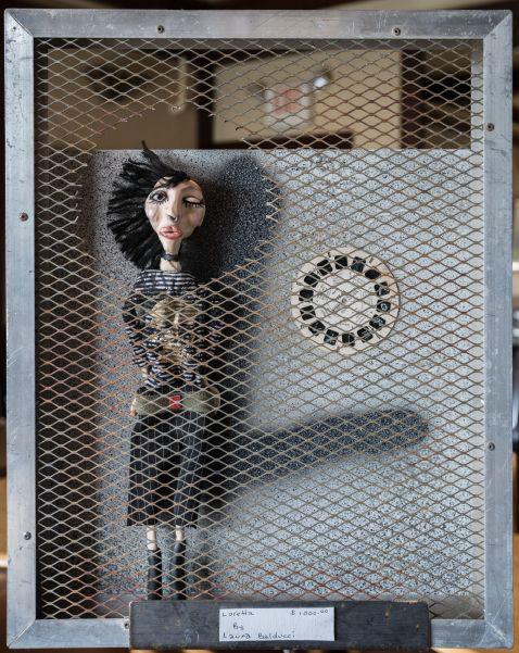 Installation 8: Loretta