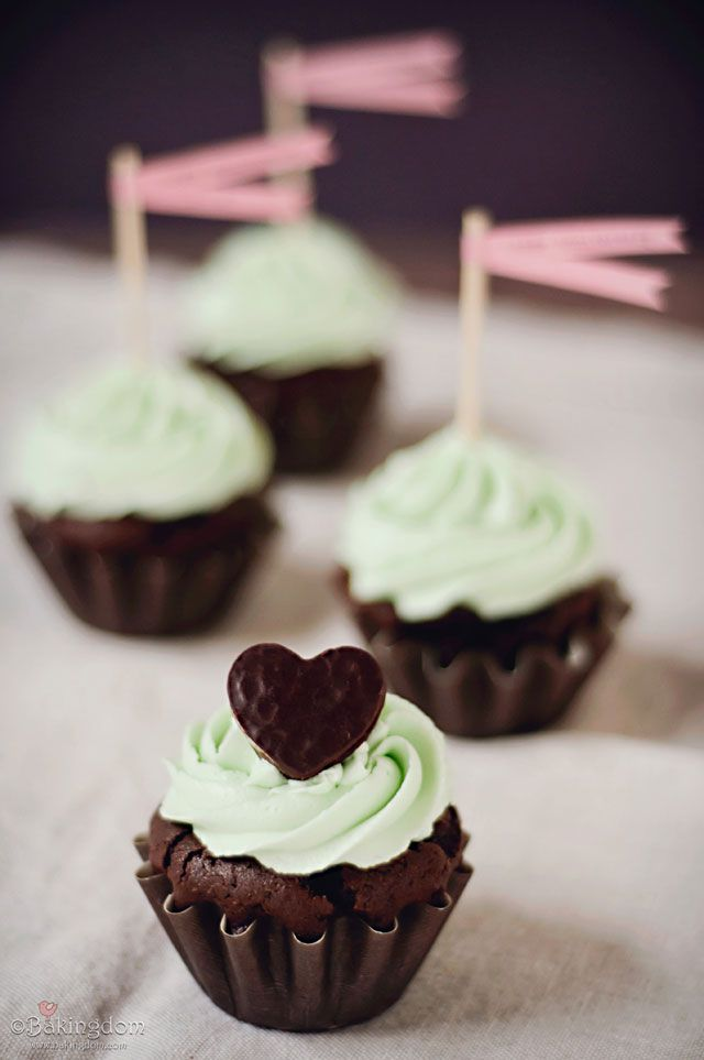 Peppermint is the key to my heart. Seriously.: Cup Cakes, Sweet, Chocolate Cupcakes, Patty Cupcakes, Peppermint Patty, Peppermint Patties, Peppermint Cupcakes, Food Recipe