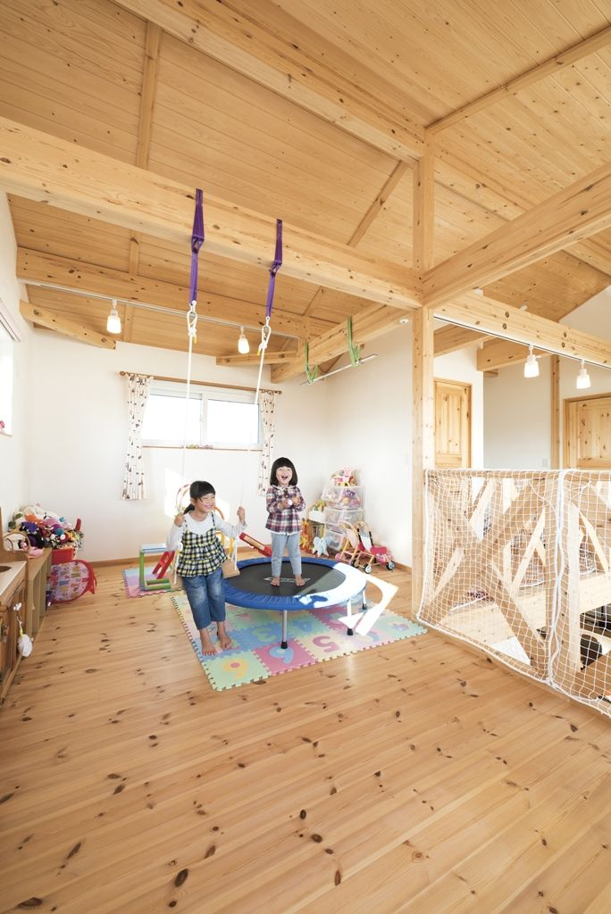 のびのび遊べる子供部屋のブランコ 大和屋 森の家 ハンモック