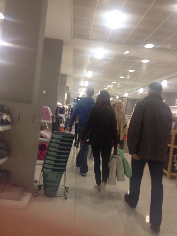 9/14/13 RT @ elliecg - Kate Middleton spotted in Peter Jones buying baby stuff.
