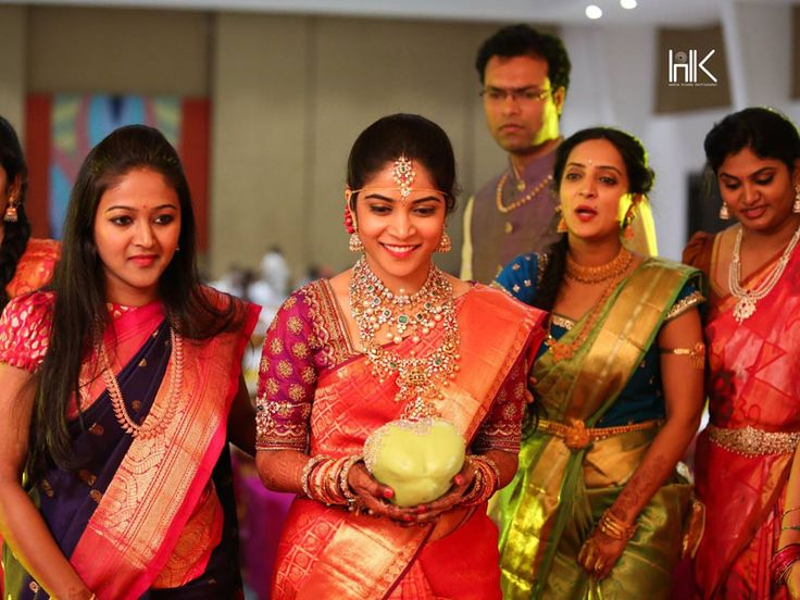 7 Awesome Bride Entries that will amaze your guests – Like a Boss #Wedding #Ezwed #Photography #SouthIndianWedding