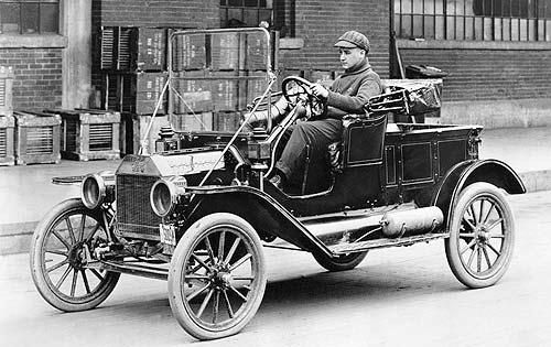 The automobile market took off in the 1920's. Increased wages and low cost automobiles helped with the market take off. Cars could be bought on installment plans, 3 out of 4 cars were bought on installment plans. The car allowed people to travel much further than foot or horse had made possible. Some of the brands were the lower cost T Ford, the expensive Duesenberg and the even more expensive Rolls Royce.