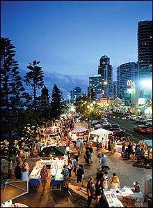 Surfers Paradise night markets - Wed and Fri nights