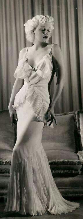Jean Harlow, wow!