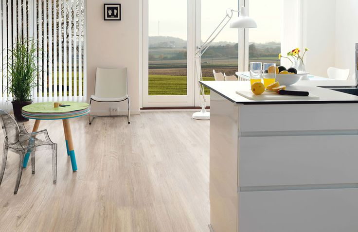 Pro Fix - Pure oak: Deze licht eiken pvc vloer heeft een subtiele houtnerf met mooie zachte kleurnuances.