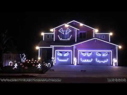 Greatest house on the planet! #GoBadgers - Halloween Light Show 2014 - Jump Around (House of Pain) - YouTube