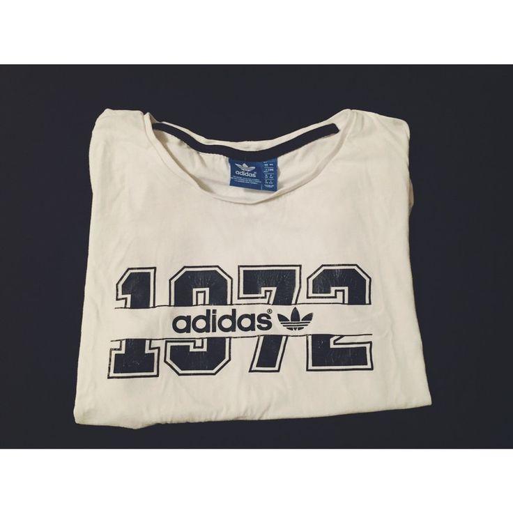 Moje Bílo černé triko/tricko Adidas s krátkým rukavem od Adidas! Velikost 36 / 8 / S za200 Kč. Mrkni na to: http://www.vinted.cz/damske-obleceni/tricka/17306671-bilo-cerne-trikotricko-adidas-s-kratkym-rukavem.