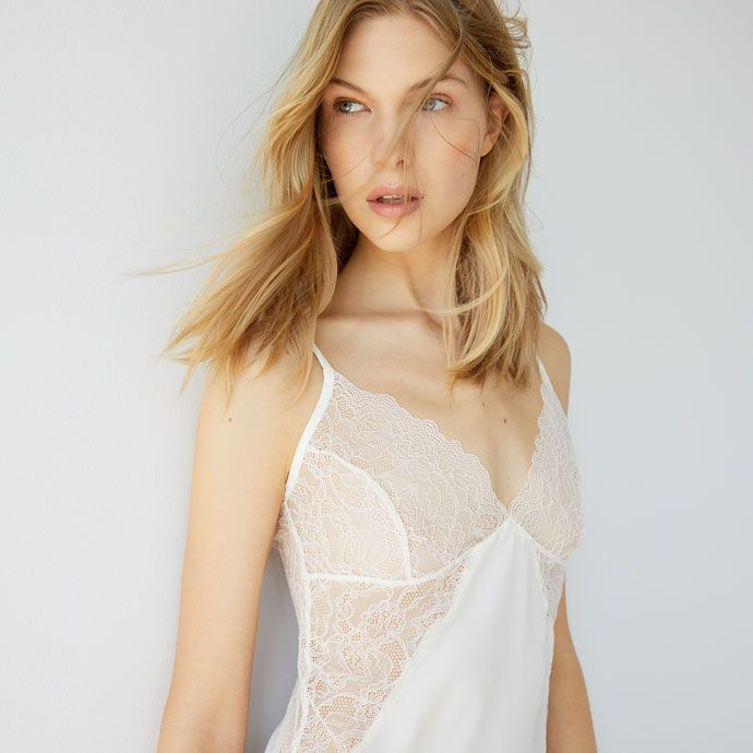 Lace detail strappy nightdress -  | Zara Home SOUTH KOREA / 대한민국