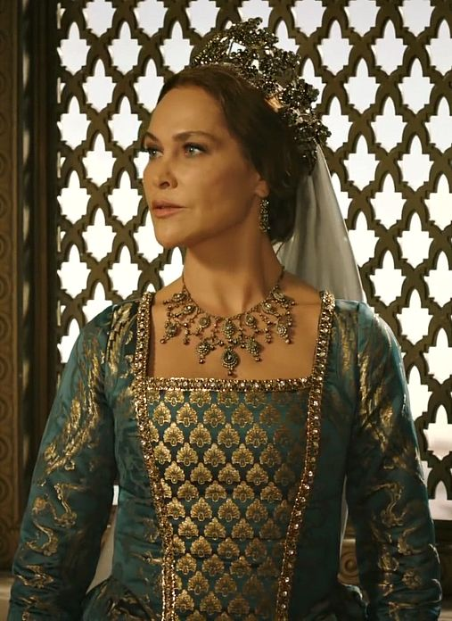 "Safiye Sultan - Magnificent Century: Kösem - Season 1, Episode 3 ""Tower of Justice (Adalet Kulesi)"""