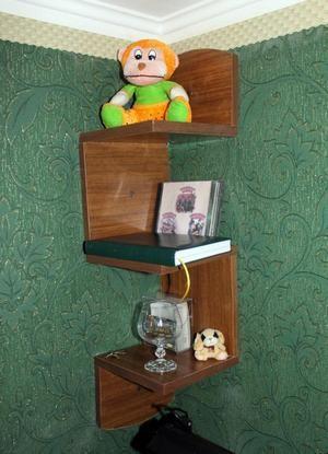 corner shelf figure