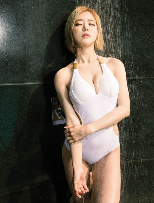 DJ Soda / Hwang So Hee for Maxim Thailand [June 2016 Issue]