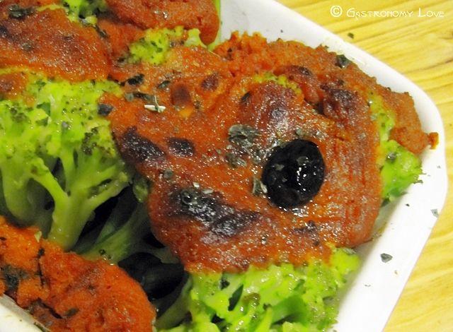 Cavolfiore verde al gratin in rosso | Gastronomy Love