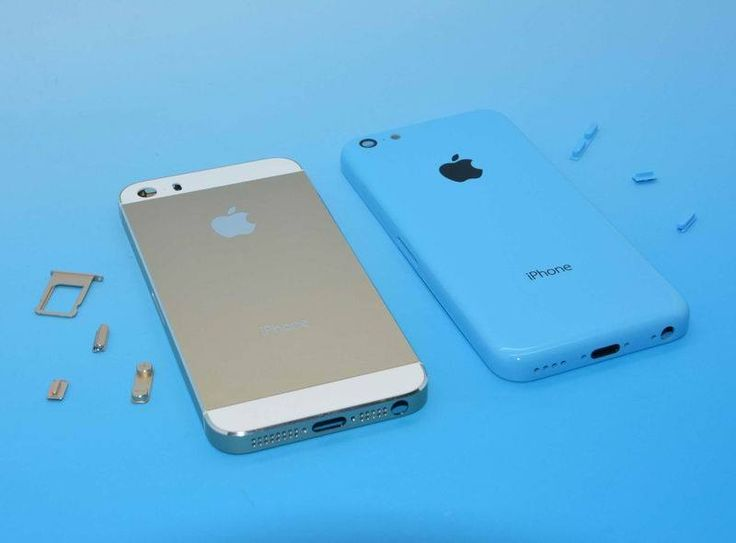 Imma get the new Gold 5s for my personal line and upgrade my work cell to the green 5c ... ... Can't wait!!