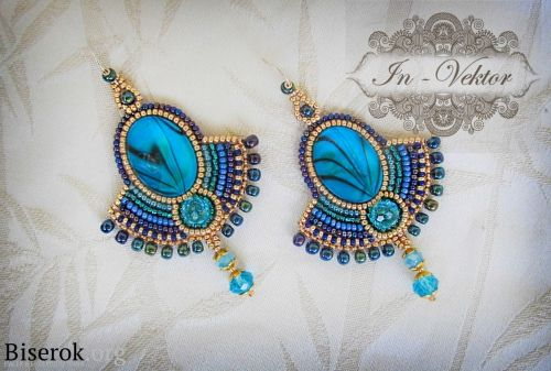 DIY Egyptian queen earrings tutorial; bead embroidery (in Russian, but can translate page into English; clear pics)