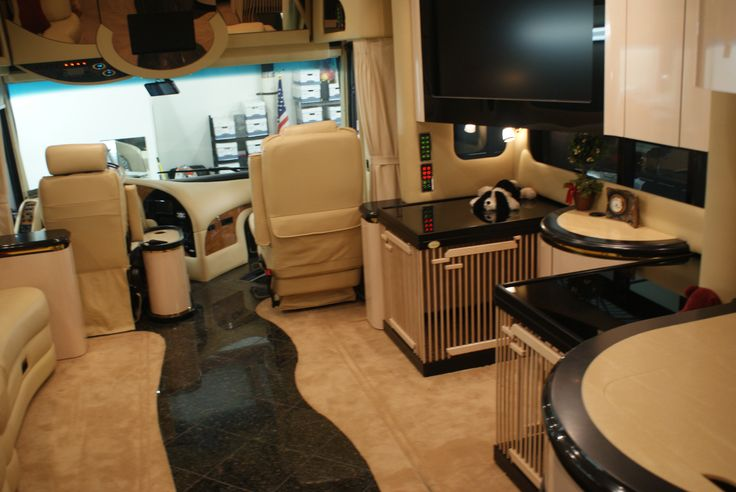 5Th Wheel Travel Trailers >> Stunning lifestyle! Custom built #dog #pens for the #RV motor home. Look what we can #customize ...